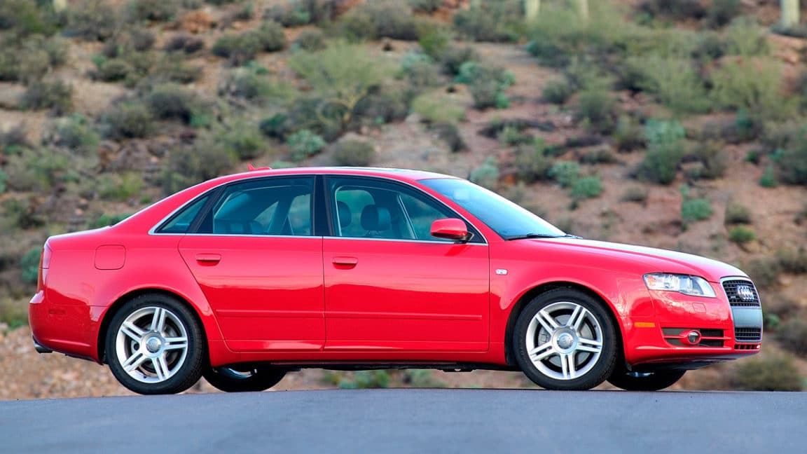 01-audi_a4_lateral