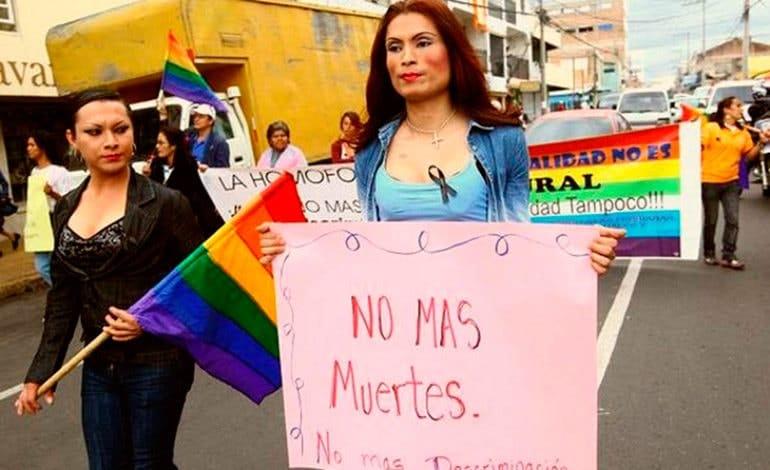 #StopHomofobia