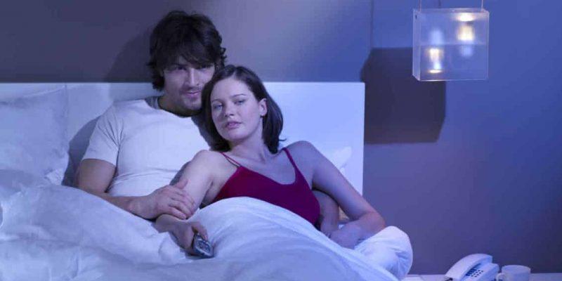 Ver porno en pareja: ¿sí o no?