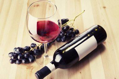 Los beneficios del vino tinto que no conocías
