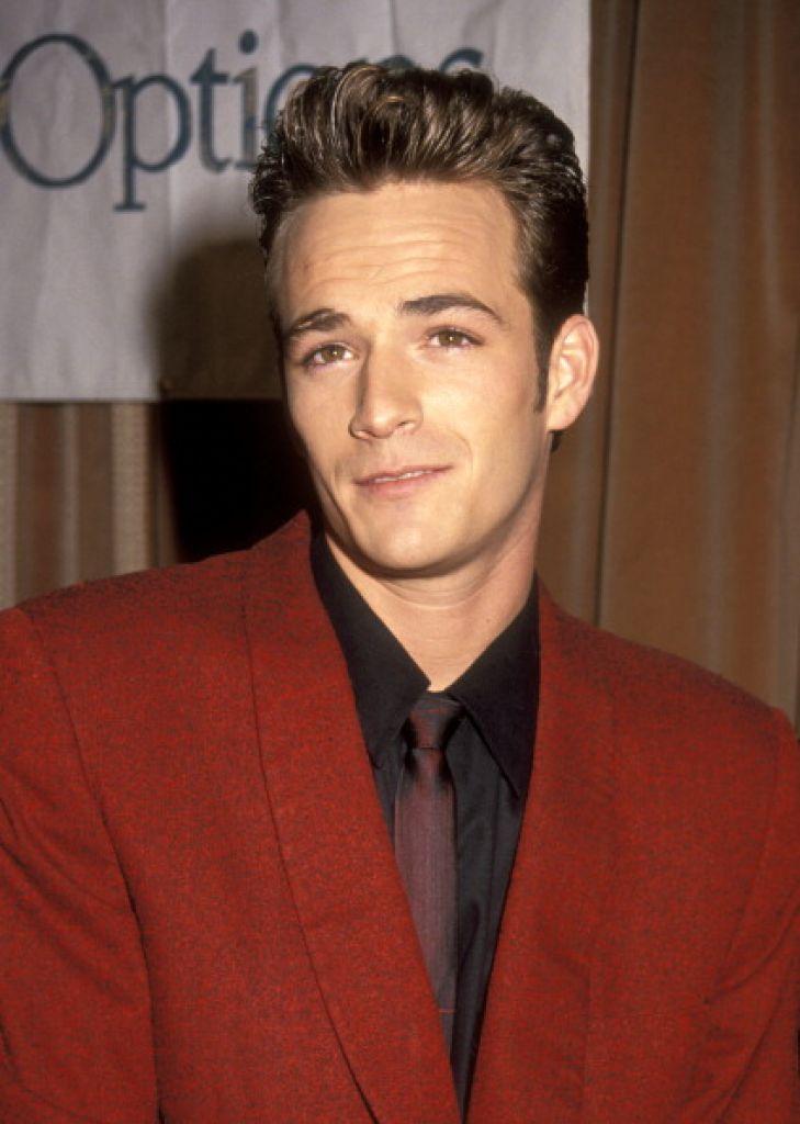 Dylan (Luke Perry) en los 90