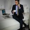 Traje, corbata, camisa y zapatos de Macson
