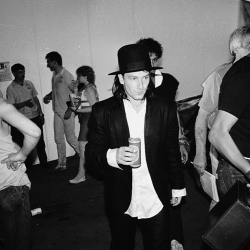 Bono y su sombrero