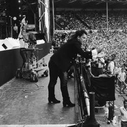 Bono en acción