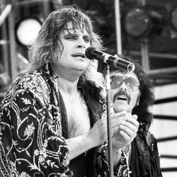 Ozzy Osbourne tampoco se quiso perder el sarao