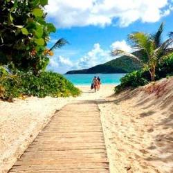 Playa Flamenco (Culebra, Puerto Rico)